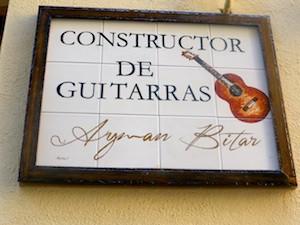 Keramikschild Gitarrenbauer Granada 2015-11-07 Foto Elke Backert