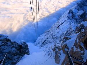 Zugspitze Seile ins Nichts